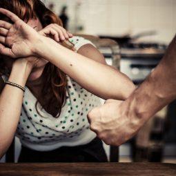 Violences conjugales, Harcèlement, peur de porter plainte-Atlaneastro