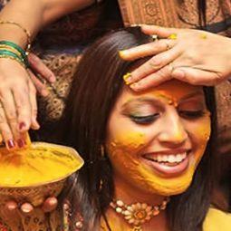 les femmes les rituels secrets de beauté onguents-la-peau-cheveux-Atlaneastro