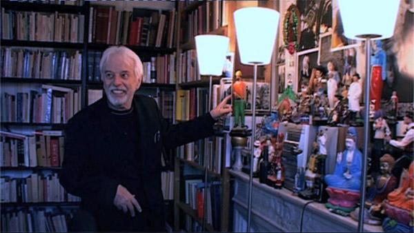 Alejandro Jodorowsky dans sa bibliothèque Part.3-Atlaneastro nestro