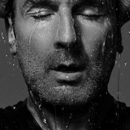 Gilles Lellouche suphoto n et B gris sous la pluie Gilles lellouche Part.1 nomination-Atlaneastro