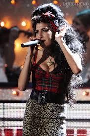 """A. Winehouse haut écossais, jupe """"félin"""" carapace Part.2-Atlaneastro"""