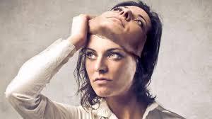 femme qui enlève son masque partenaire Part.3-Atlaneastro