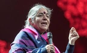 Vandana Shiva prise de parole Part.1-Atlaneastro