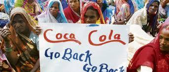 Vandana Shiva fait fermer l'usine coca cola Part.1-Atlaneastro