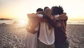 les câlins plage plusieurs amis se font un câlin Part.2-Atlaneastro