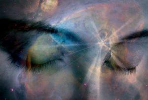 intuitions un visage N et B avec de la lumière bleu et blanche -Atlaneastro