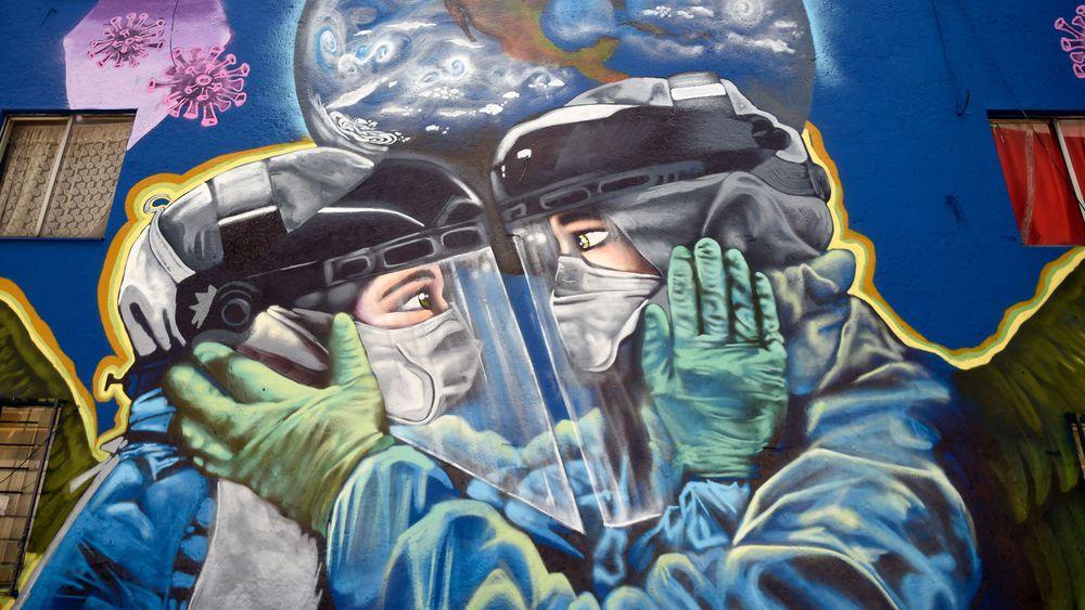 confinement dessin 2 êtres sous visières masquées et gantés essayent un rapprochement affectif Part.4-Atlaneastro