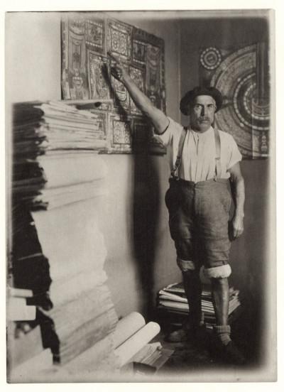 Adolf Wolfli photo N et B dans sa cellule Part.2-Atlaneastro