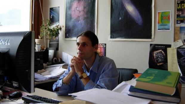 monde Aurélen Barrau à son bureau Part.5-Atlaneastro