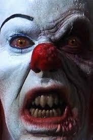 clown visage blanc avec un oeil entourré noir et de dents qui font peur Part.2-Atlaneastro