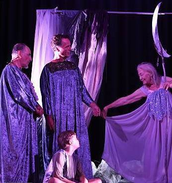 Eileen pièce de théâtre vêtu de violet Part.1-Atlaneastro