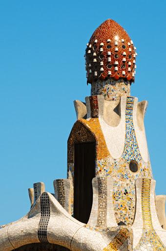 Antonin Gaudi toit en forma de champignon Part1-Atlaneastro
